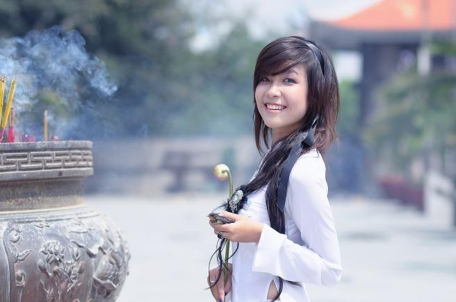 girl-1741941_960_720
